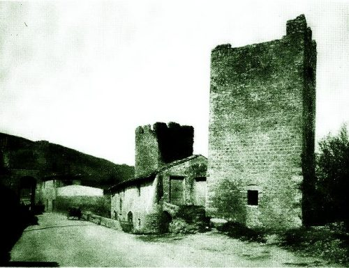 1560, il Comune cede in affitto il mulino di Porta Tre Monumenti