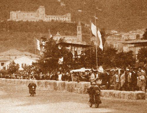 Mendogni, con la Morini, è primo al circuito di Spoleto 1954
