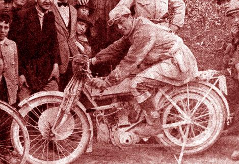 1922, Rigoletto Belli vince la prima gara organizzata dall'Auto Moto Club Terni: il Circuito dell'Appennino